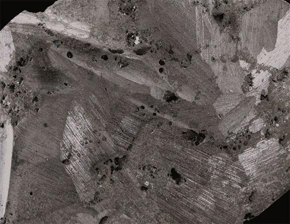 Titan nerost detail